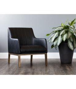 Pistoia Lounge Chair / Black