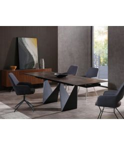 Brad Extendable Dining Table