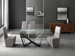 Fly Dining Table